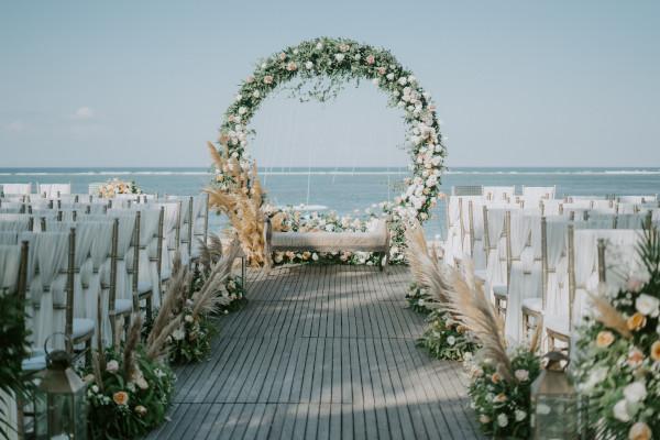 wedding flower moongate